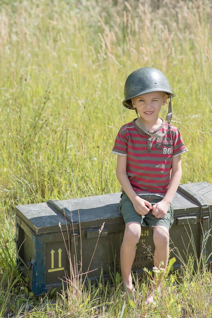 sesja-dziecieca-militarna
