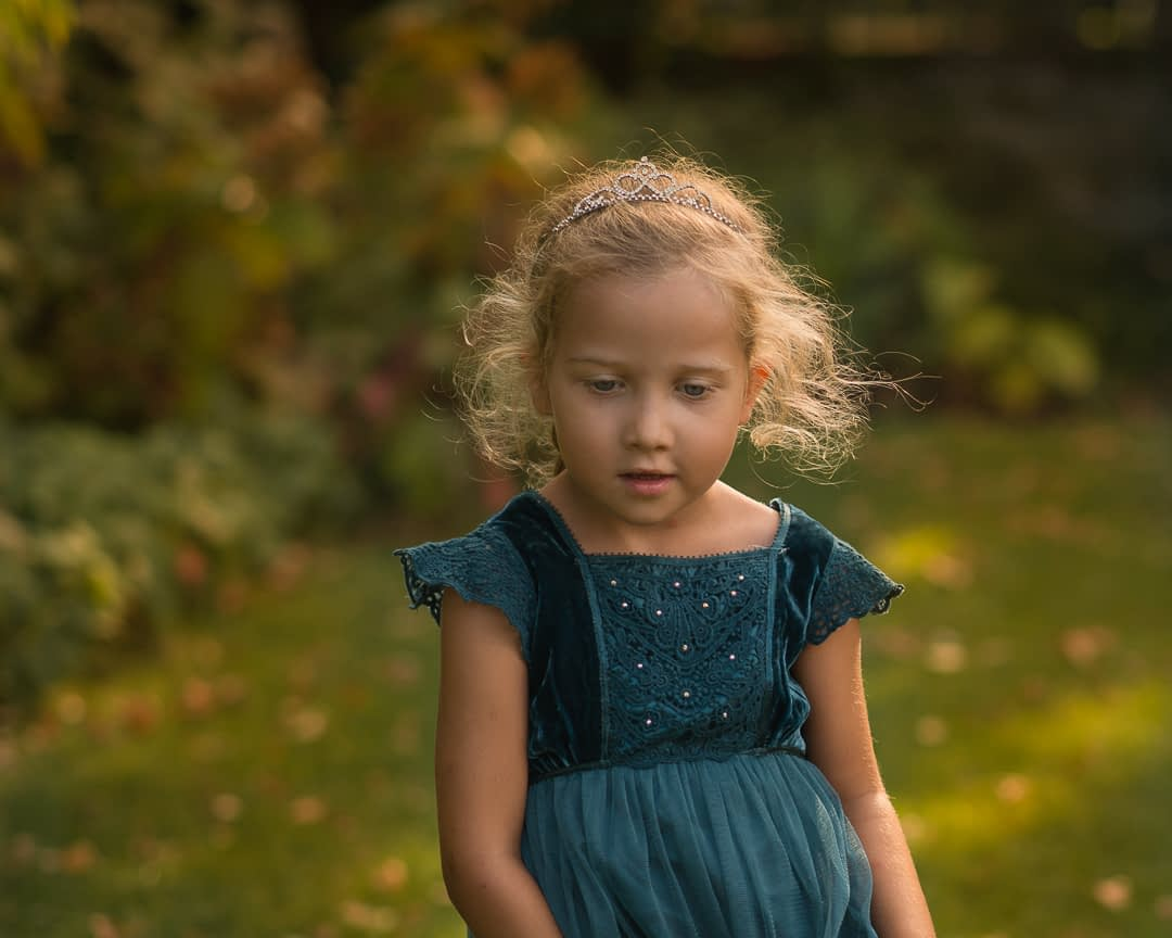 portret-dziecka-o-zmierzchu